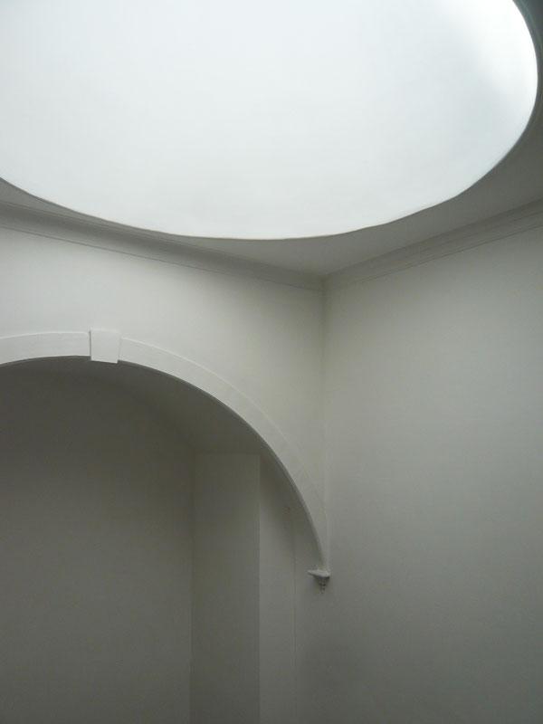 Apartamentos em Sá Noronha - Pormenor da iluminação natural da caixa de escadas
