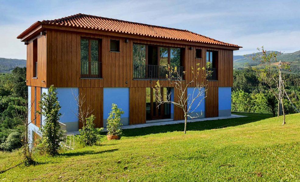 Casa na Barca Nova- vista da fachada sul