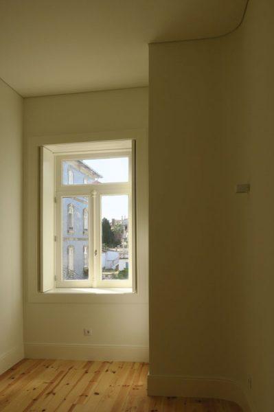 Apartamentos-Alvares-Cabral-luz-quarto