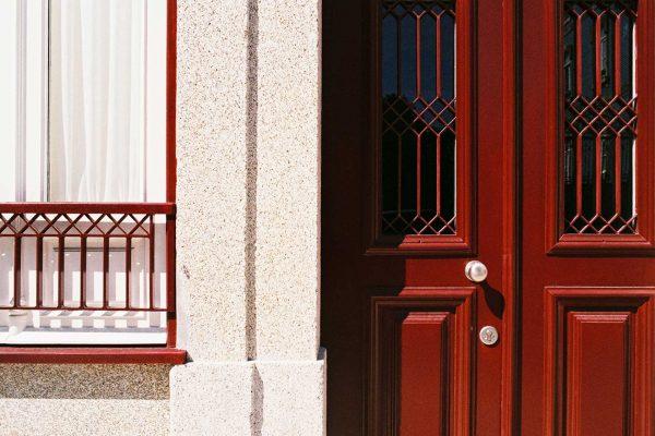 Apartamentos-Alvares-Cabral-pormenor-fachada