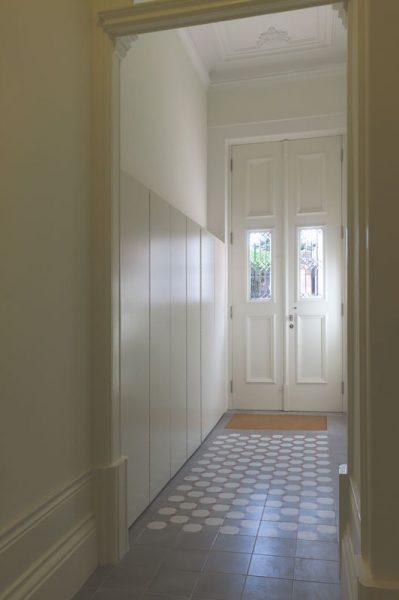 Apartamentos-Alvares-Cabral-vestibulo