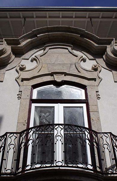 Apartamentos-Martires-da-Liberdade-fachada-pormenor