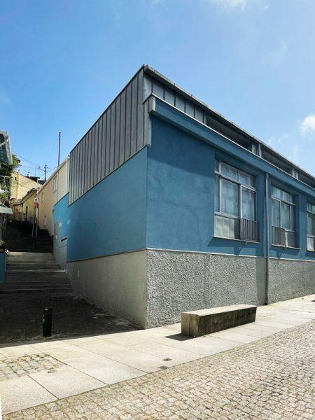 Reconversão de oficina em apartamentos - Fachadas sobre as escadas do Roleto e da Rua Fonte de Massarelos