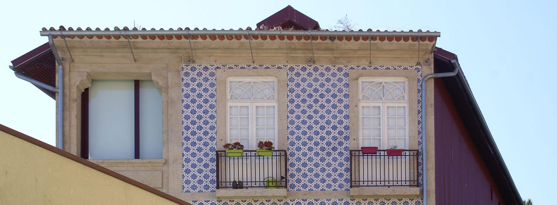 apartamentos-e-loja-na-rua-do-rosário-fachada-capa